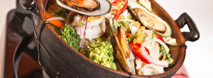 seafood-hotpot-745x273